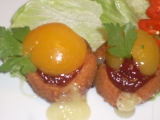 Smažené tvarůžky s marmeládou a broskví pro Rebeku recept ...