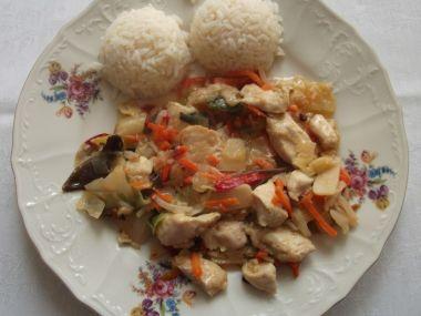 Kuřecí nudličky na čínský způsob