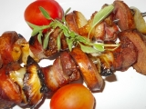 Špízy s česnekovou marinádou a rozmarýnem recept