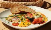 Omeleta plněná grilovanými ledvinkami recept