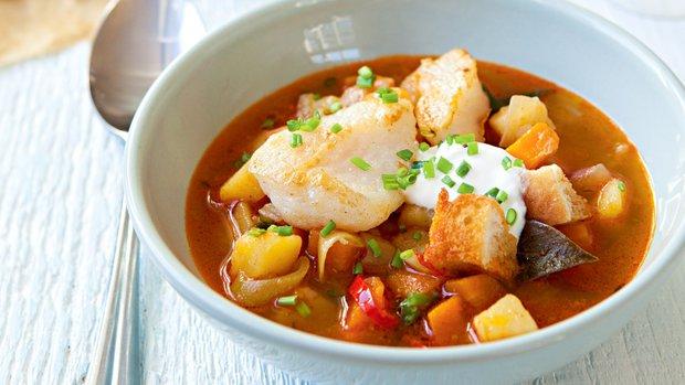 Rybí polévka s ouzem