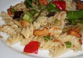 Tzatziky těstoviny se zeleninou a liškami recept