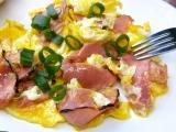 Míchaná vejce se uzeným recept