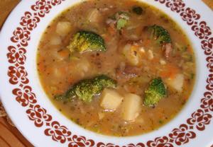 Brokolicová bramboračka