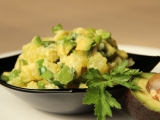 Smetanové brambory s avokádem recept