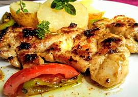 Pikantní grilovaný kuřecí steak s grilovanou zeleninou recept ...