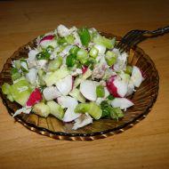 Barevný salát z uzené makrely recept