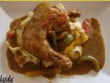 Kuřecí stehna s cuketovo-houbovou omáčkou recept