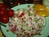 Kuřecí salát s vlašskými ořechy recept