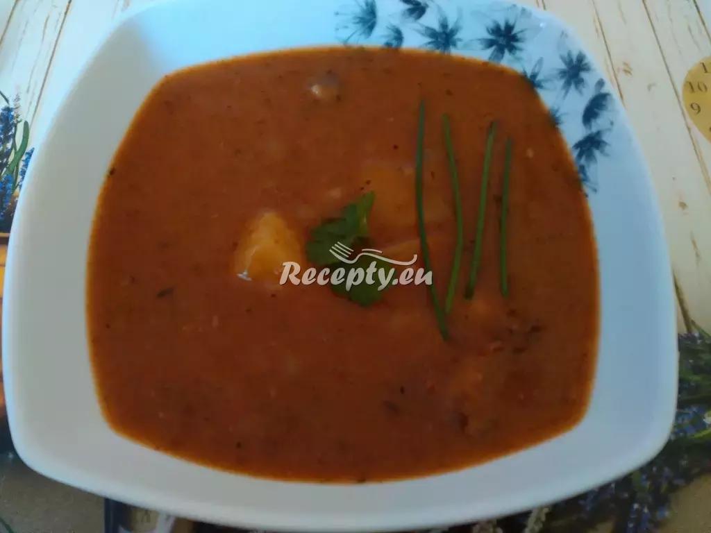 Čočková polévka s klobáskou recept  polévky