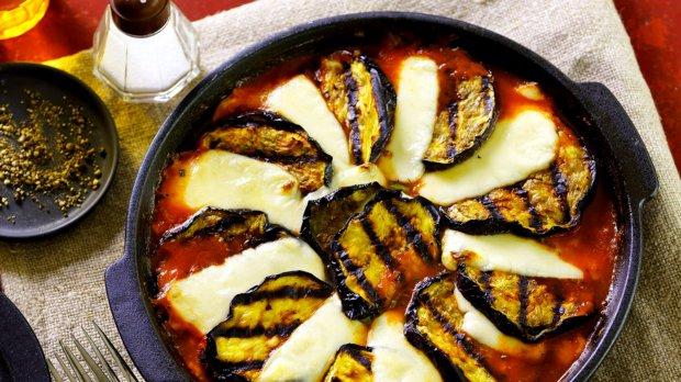 Lilek a la parmigiana na grilu