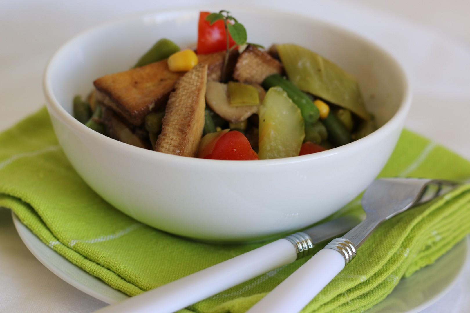 Opečené tofu na fazolkách recept
