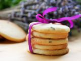 Křehké sušenky s levandulí a tymiánem recept