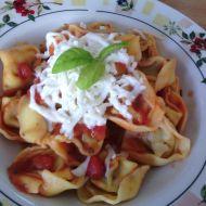 Rajčatová omáčka s čerstvou bazalkou recept