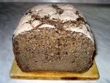 Tmavý chléb s karobem bez lepku, mléka a vajec recept ...