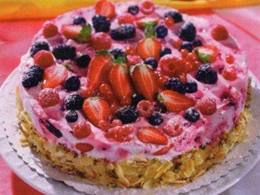 Jogurtový dort s čerstvým ovocem