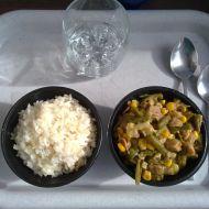 Kuku fazolky s květákem a sojovými kousky recept