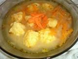 Drožďovomrkvová polévka s mrkvovosýrovými nočky recept ...