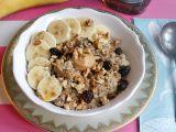Ovesná kaše s banánem, burákovým máslem a ořechy recept ...