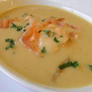 Červená čočková polévka s uzeným lososem recept