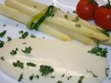 Vařený chřest s jemnou sýrovou omáčkou recept