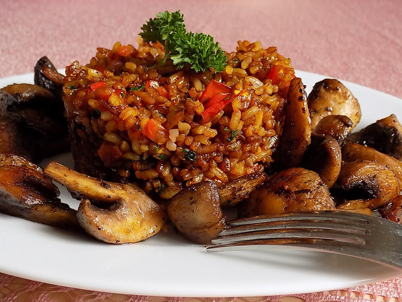 Smažená rýže s rajčaty recept