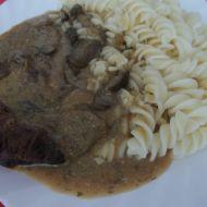 Lašské hovězí maso s těstovinou recept