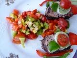 Vepřová panenka v makovém obalu se zeleninovou salsou recept ...