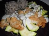 Cuketo-krůtí nudličky s ančovičkovou omáčkou recept