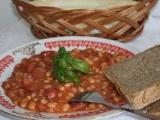 Fazole v rajčatové omáčce recept