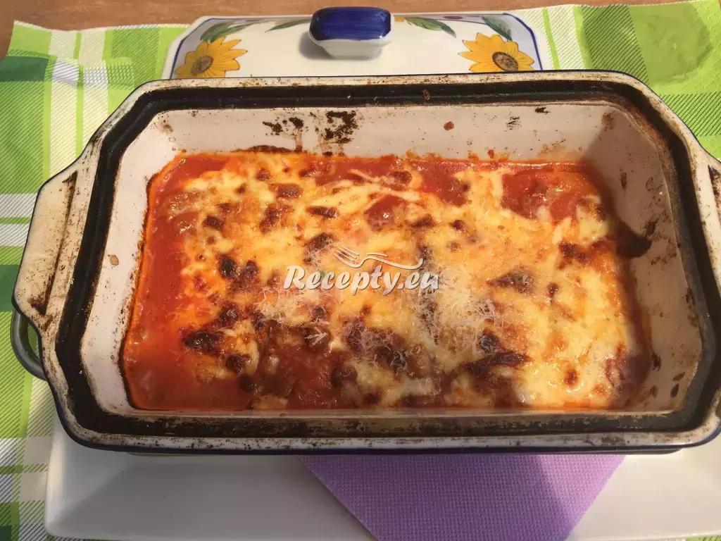 Lasagne s mletým hovězím a zeleninou recept  těstoviny