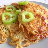 Špagetové placičky se sýrem recept