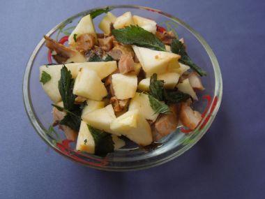 Jablkový salát s masem