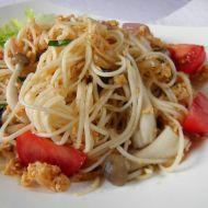 Čínské nudle s krůtím masem a houbami Shimeji recept