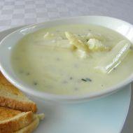 Jemná chřestová polévka se sýrem recept