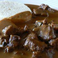 Hovězí guláš na houbách recept