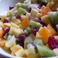 Ovocný salát s brusinkami recept