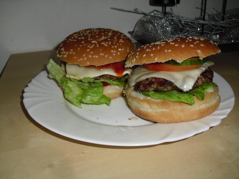 Domácí vepřové hamburgery recept