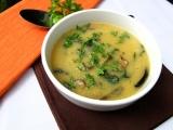 Polévka z polenty s hříbky a celerovou natí recept