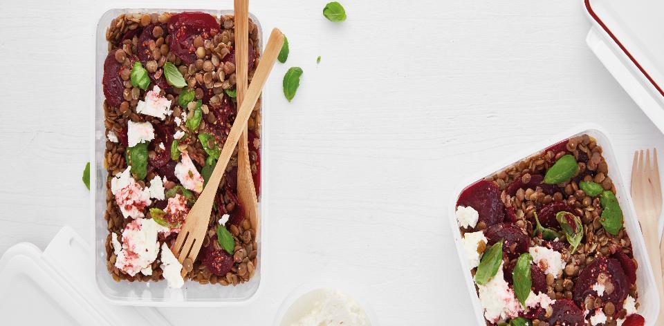 Čočkový salát s červenou řepou