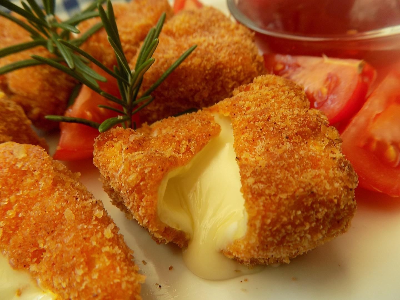 Hermelínové kousky s pikantní višňovou omáčkou recept ...