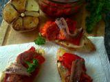 Pikantní dvojhubky s grilovanou paprikou a ančovičkou recept ...