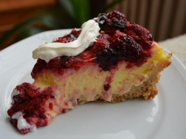 Cheesecake s lesním ovocem
