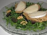 Salát s vůní ořechů, hroznového vína a kozího hermelínu recept ...