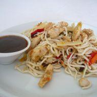 Špagety s kuřecím masem na čínský způsob recept