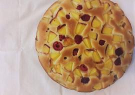 Nadýchaný ovocný koláč (hrníčkový) recept