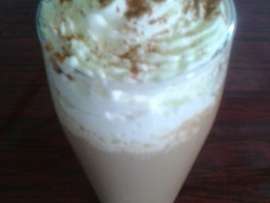 Mražená káva se zmrzlinou