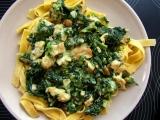 Tagliatelle se špenátem a kuřecím masem recept
