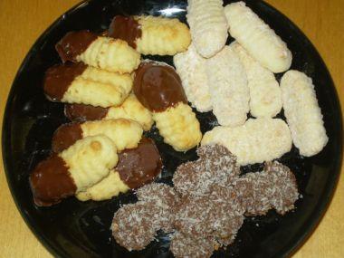 Vánoční kokosové rohlíčky