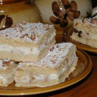 Tvarohový koláč s ořechy recept